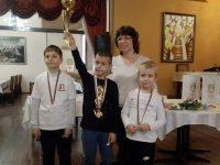 """Първи турнир """"Шах в училище"""" се проведе в Плевен"""