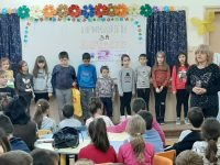 """В света на приказките се потопиха ученици от ОУ """"Лазар Станев"""" – Плевен"""