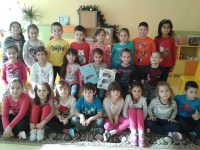 """Децата от ДГ """"Калина"""" посрещат празниците с награди от два национални конкурса"""