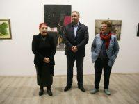 Кметът на Плевен откри Коледна изложба на плевенските художници в Артцентър Плевен