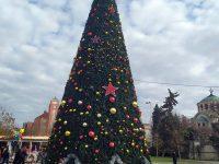 Руският посланик ще запали светлинките на втората коледна елха на Плевен тази вечер