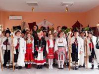 "Коледари на НУ ""Христо Ботев"" – Плевен благославяха за здраве и берект в Койнаре"