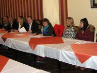 Кръгла маса за задържане на учениците в училище се проведе в Плевен по инициатива на ПГМХТ