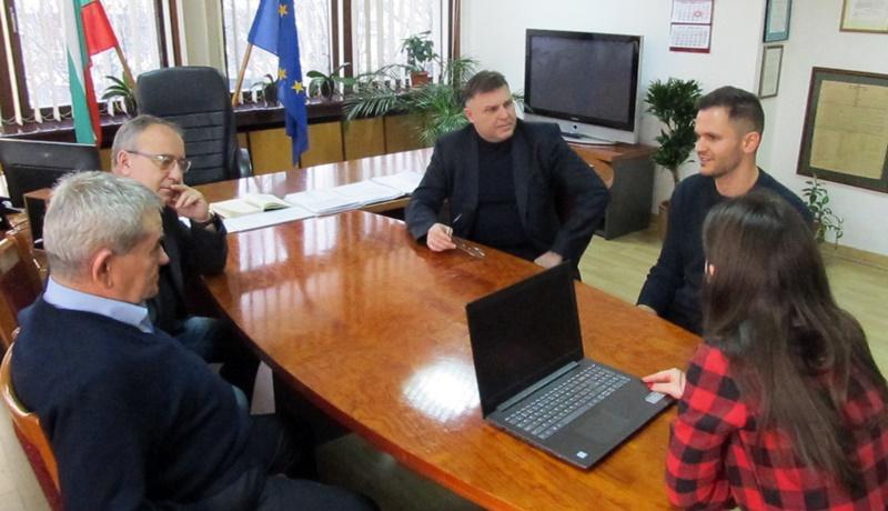 """Областна администрация продължава доброто сътрудничество с """"Доброволци за Кайлъка"""""""
