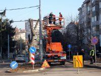 """В ход са довършителните дейности по ремонта на кръстовището на улиците """"Хаджи Димитър"""" и """"Самуил"""""""