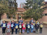 """250 ученици от 1 до 4 клас участваха в математическото състезание """"Васил Левски"""""""