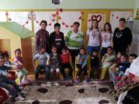 Баба Марта посети малки и големи в село Асеновци