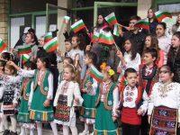 С празнично шествие и концерт в Гулянци ще честват Трети март