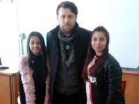 Ученици на ПГМХТ- Плевен разговаряха за Левски с актьора Веселин Плачков