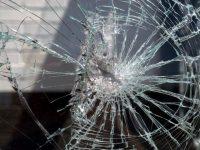 23-годишен потроши с камъни стъклата на две къщи в плевенско село