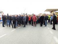 Областният управител се срещна тази сутрин с протестиращите при село Брестовец