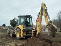 В село Малчика започнаха изкoпни дейностиза осигуряване на вода в гробищния парк