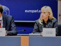 Елена Йончева поиска от Комисията националните правителства да нямат роля в разпределението на европейските средства за медиите. Юрова съгласна с подобен подход