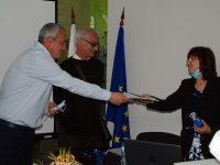Три проекта за намаляване на бедността, за достъпа до социални и здравни услуги са подписани в Червен бряг