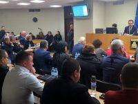 Предложение относно приемане на Наредба за условията и реда за ползване на спортни обекти, собственост на Община Плевен, отново ще обсъждат съветниците