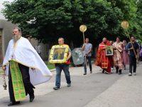 За празника Свети Дух в Кнежа пристигна чудотворната икона с мощите на Св. Ефрем Нови /снимки/