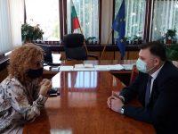 """Люси Дяковска представи на областния управител идеята си за създаване на фондация за """"Кайлъка"""""""