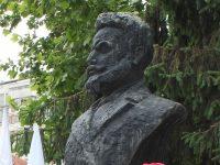 В Плевен днес скланяме глави пред подвига на Ботев и загиналите за Свободата на България