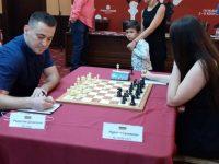 """Шахматният """"Двубой на звездите"""" започна в Плевен"""