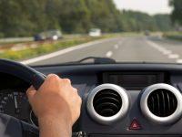 Неправоспособен шофьор с нерегистриран автомобил е засечен в Койнаре