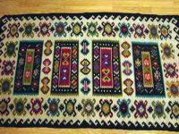 Красотата на чипровските килими показват днес в Къщата на художниците – Плевен