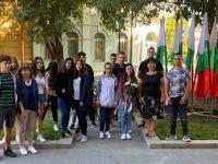 Ученици от Общоградското средношколско общежитие в Плевен честваха Деня на независимостта на България