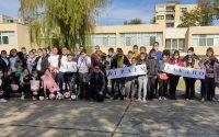 """В спортен празник се забавляваха учениците от ЦСОП """"П.Р.Славейков"""" и ПГ по туризъм – Плевен"""