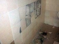 Затварят обществената тоалетна в Червен бряг след вандалски набези
