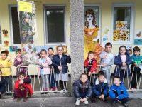 """Есента влезе в ДГ """"Снежанка"""" – Плевен с детските рисунки"""