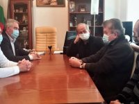 Председателят на Общинския съвет и кметът на Плевен се срещнаха с маестро Пламен Джуров
