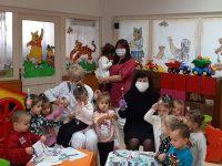 """Малчуганите в ДЯ """"Мир"""" – Плевен се учат как да се грижат за зъбките си"""