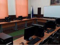 """Сбъдната мечта – Компютри получиха като дарение в ОУ """"Христо Ботев"""" – с.Рупци"""