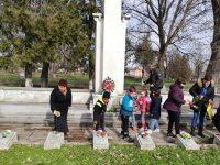 В село Асеновци отбелязаха 77 години от убийството на местните ятаци