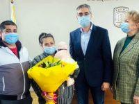 Момиченце е първото бебе на 2021 г. в община Кнежа