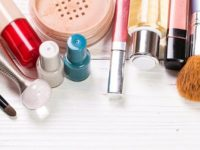 Спипаха две 14-годишни да крадат козметика в плевенски магазин