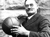 15 януари 1892 г. – Джеймс Нейсмит публикува правилата на баскетбола