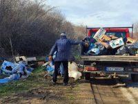 Незаконно сметище бе почистено в община Долни Дъбник