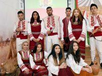 """В ПГМЕТ – Кнежа ученици представиха спектакъла """"Възпоменания от Батак"""" /видео/"""