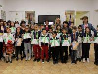 """В навечерието на 24 май – призови отличия за ученици на НУ""""Патриарх Евтимий""""- Плевен"""