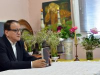 Председателят на Съюза на българските писатели гостува на читалището в Белене, дари нови книги