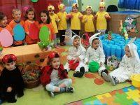 """Най-малките възпитаници на ДГ """"Ралица"""" – Плевен с великденски поздрав"""