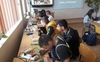 В ПГМЕТ подновява своята дейност Клуб по роботика с партньори от JCI и PARА