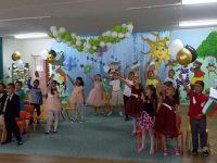 Празнично настроение в училищата и детските градини на община Гулянци