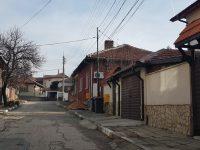 Собственици на имоти в Плевен протестират срещу презастрояването в кварталите им