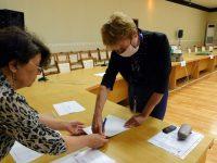 Общините в област Плевен получиха част от изборните материали за вота на 11 юли