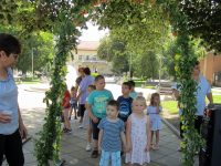 Какви са традициите на Еньовден научиха децата в село Малчика