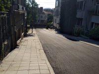 Ремонтират основно улици в Девети квартал