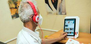 В читалището в Белене възрастни хора ще се учат как да работят с таблет или смартфон