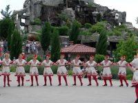 """ФТК """"Българско хоро"""" с отлично представяне на национален фестивал"""