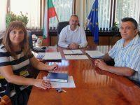Подкрепа на кампанията за ваксинация срещу COVID-19 в Плевен и от почистваща фирма